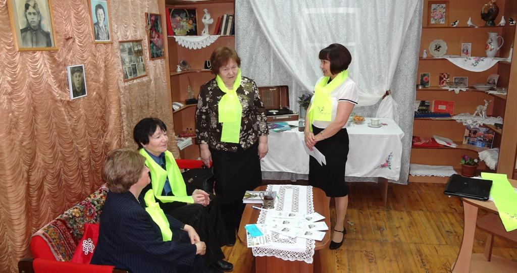 Фарзана Губайдулина в литературной гостинной